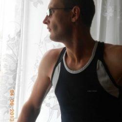 Парень, ищу девушку в Новокузнецке для секса без обязательств